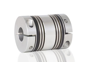 Torsionally rigid bellows coupling for high misalignment